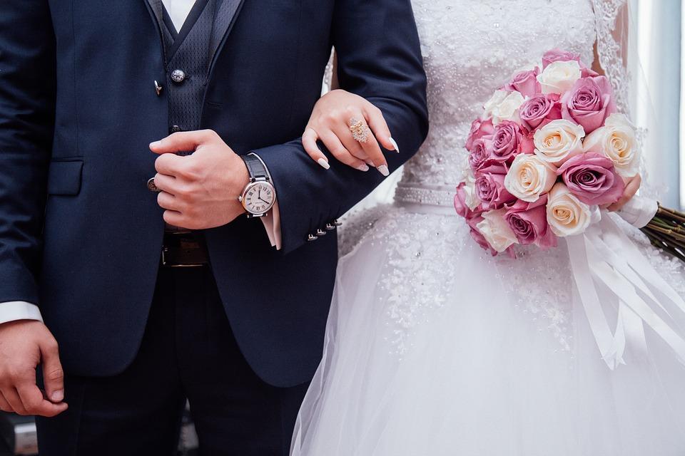 חתן וכלה ביום החתונה